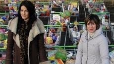 Broadcaster Shareen Nanjiani and fashion expert Julie Hannah are forced to face up to their wasteful lifestyle. From food to clothes, from energy to money, these ladies' wasteful ways are put under the spotlight by our team of experts.
