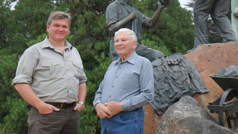 Wild Australia with Ray Mears