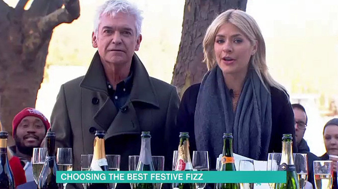 This Morning - Choosing the best festive fizz