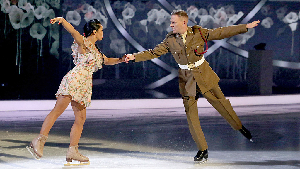 Antony's skate pays tribute to the armed forces