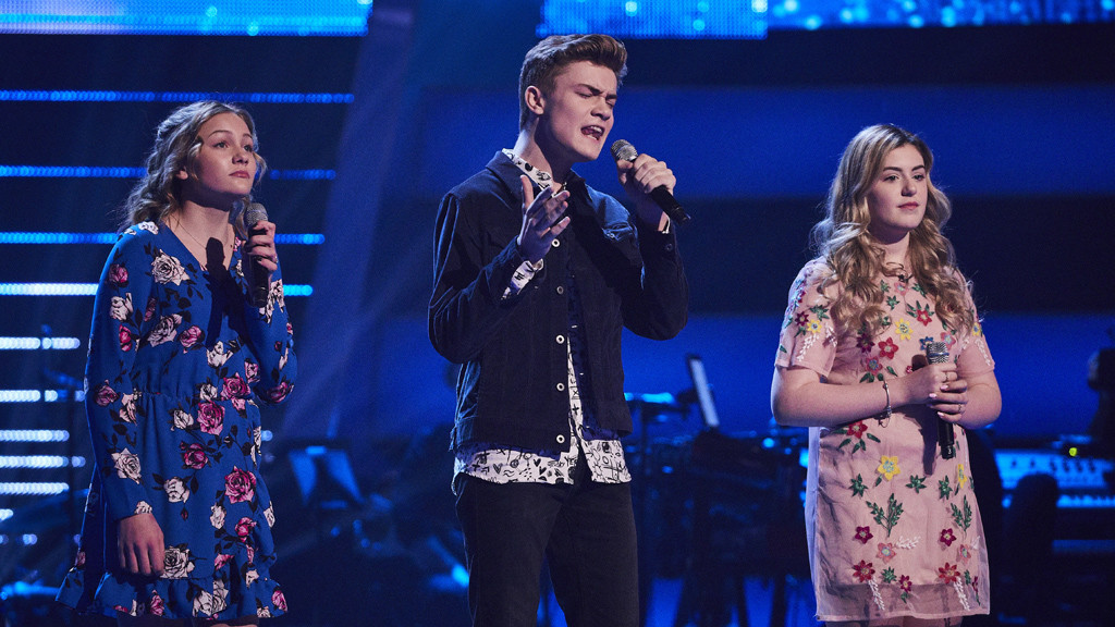 Show 6: Holly, Lauren and Will sing God Only Knows