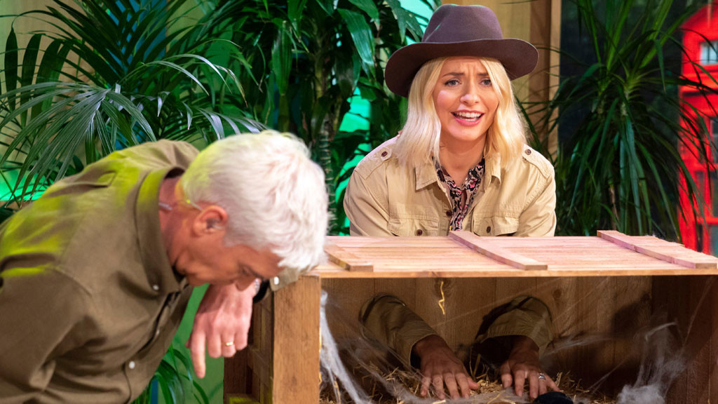 Holly takes on a Bushtucker Trial
