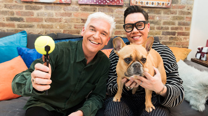 How to Spend It Well at Christmas with Phillip Schofield - Tue 04 Dec, 8.00 pm