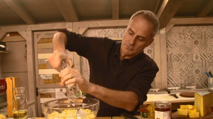 This Morning - An Italian Christmas with Phil Vickery